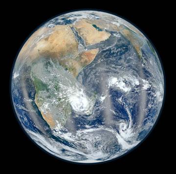Earth_2012