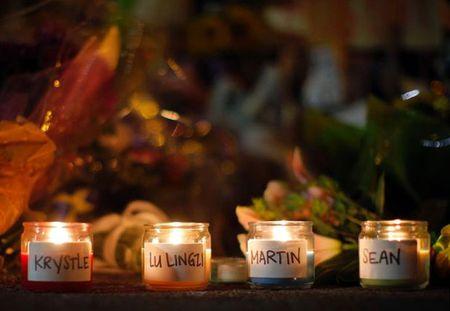 BB_memorial_candles