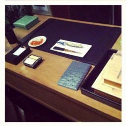 Raydor_office_deskset