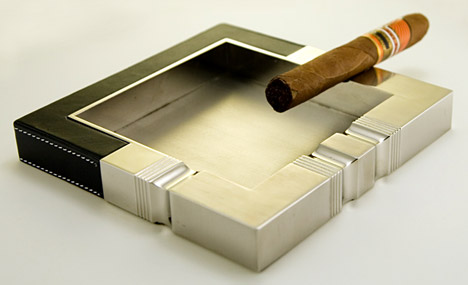 Ashtray_leather_steel
