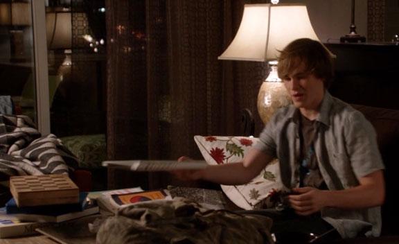 1x02_sharon_raydor_blanket
