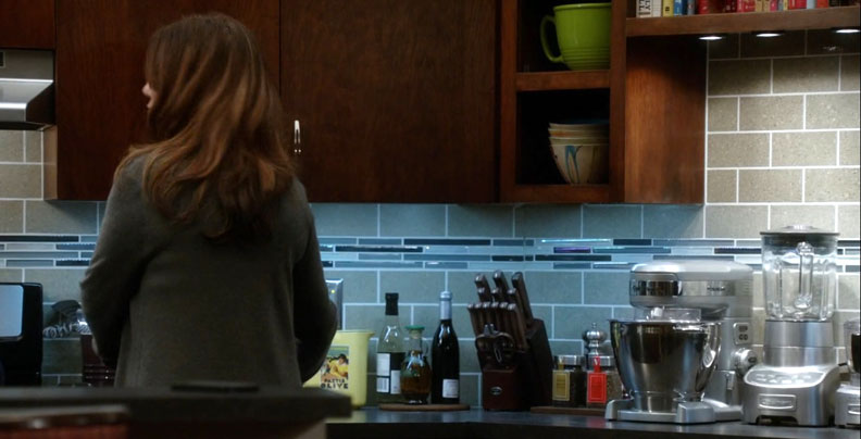 2x13_sharon_raydor_kitchen_01