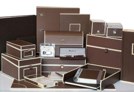 Semikolon_boxes_Raydor_office