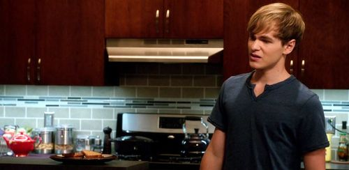 3x02_condo_kitchen_02