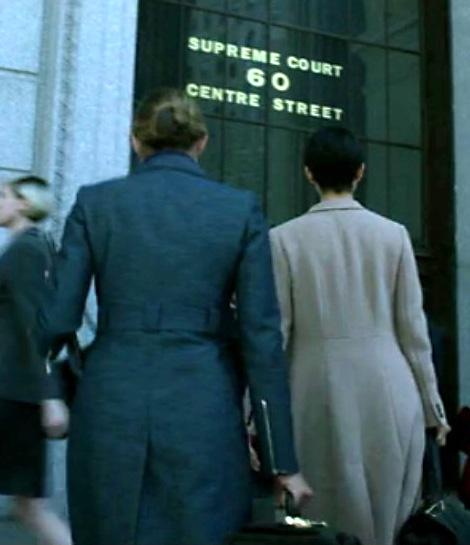 1x07_Pam_Jeri_courthouse_02