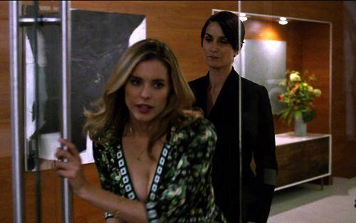 1x08_Pam_Jeri_office_01