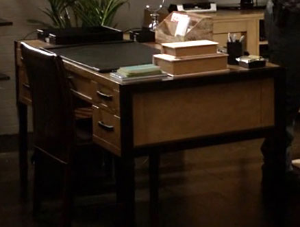 2x18_Raydor_desk_hm_office