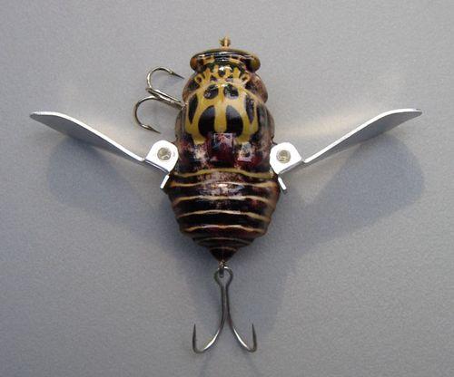 Jackall: tribal bee wings